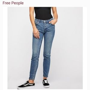 Free People Button Fly Skinny Jeans size 31